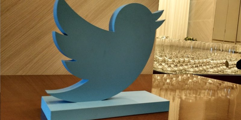 Sculpture of Twitter's logo | Aulia Masna/AdDiction